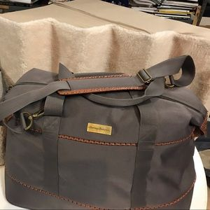 Light brown tommy Bahamas duffle bad